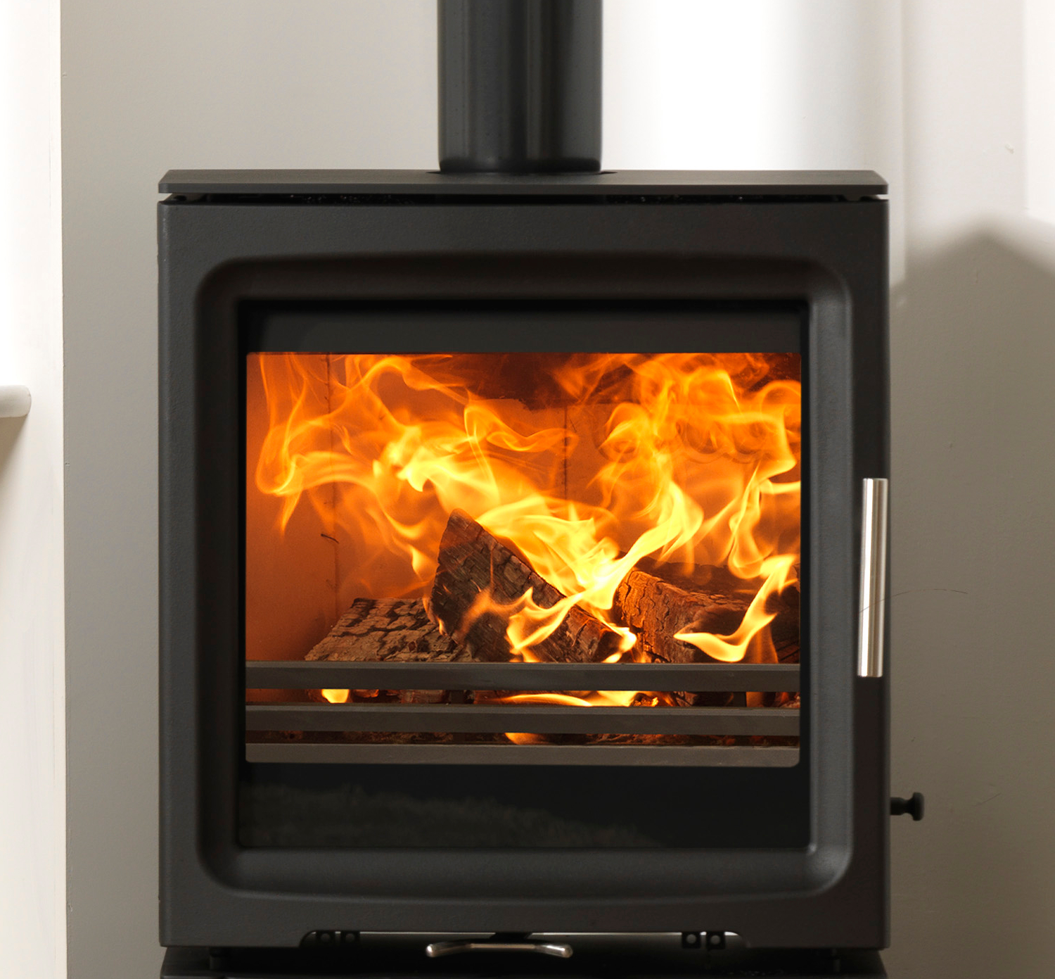 Purevision Bpv5w 5kw Freestanding Multifuel Stove In Black
