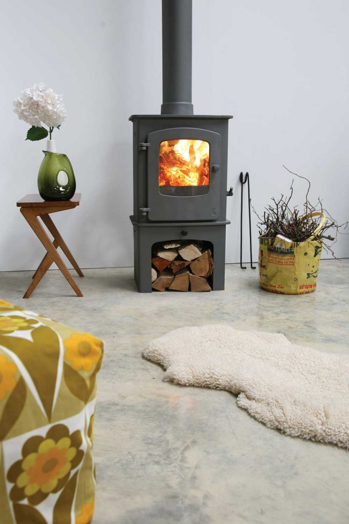 Charnwood Cove 1 Wood Burning Stove With Store Stand Base