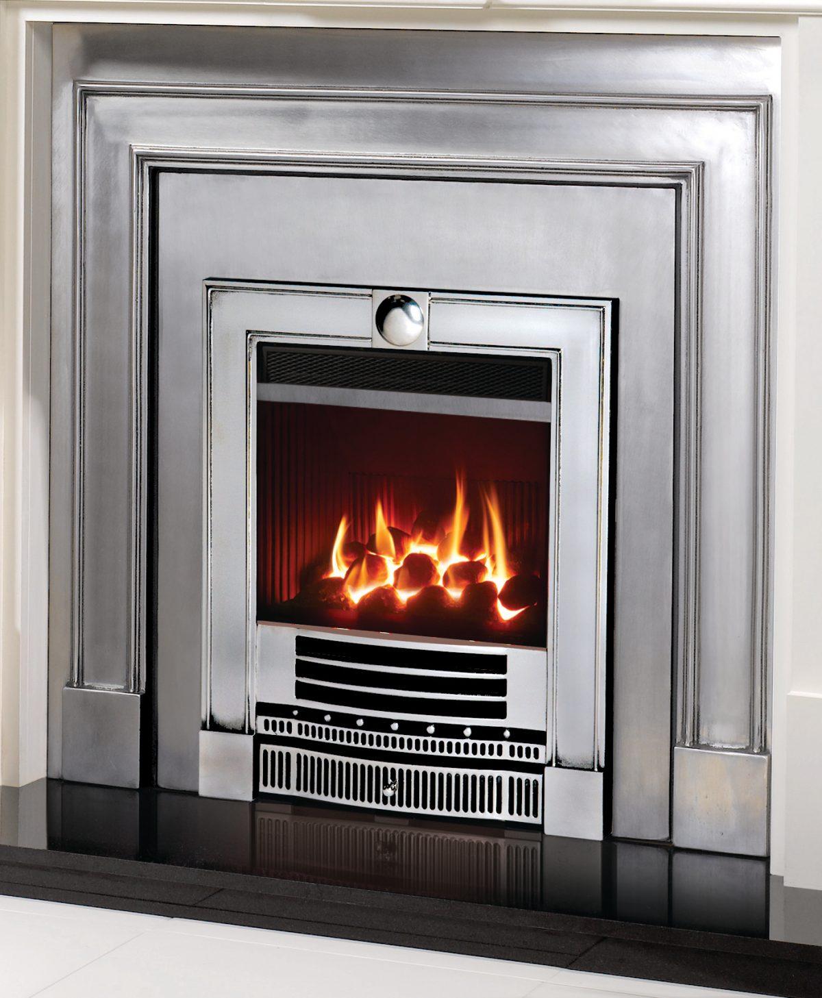 Gazco Logic HE Inset Gas fire with log effect, Balanced Flue, LPG Gas - Remote control