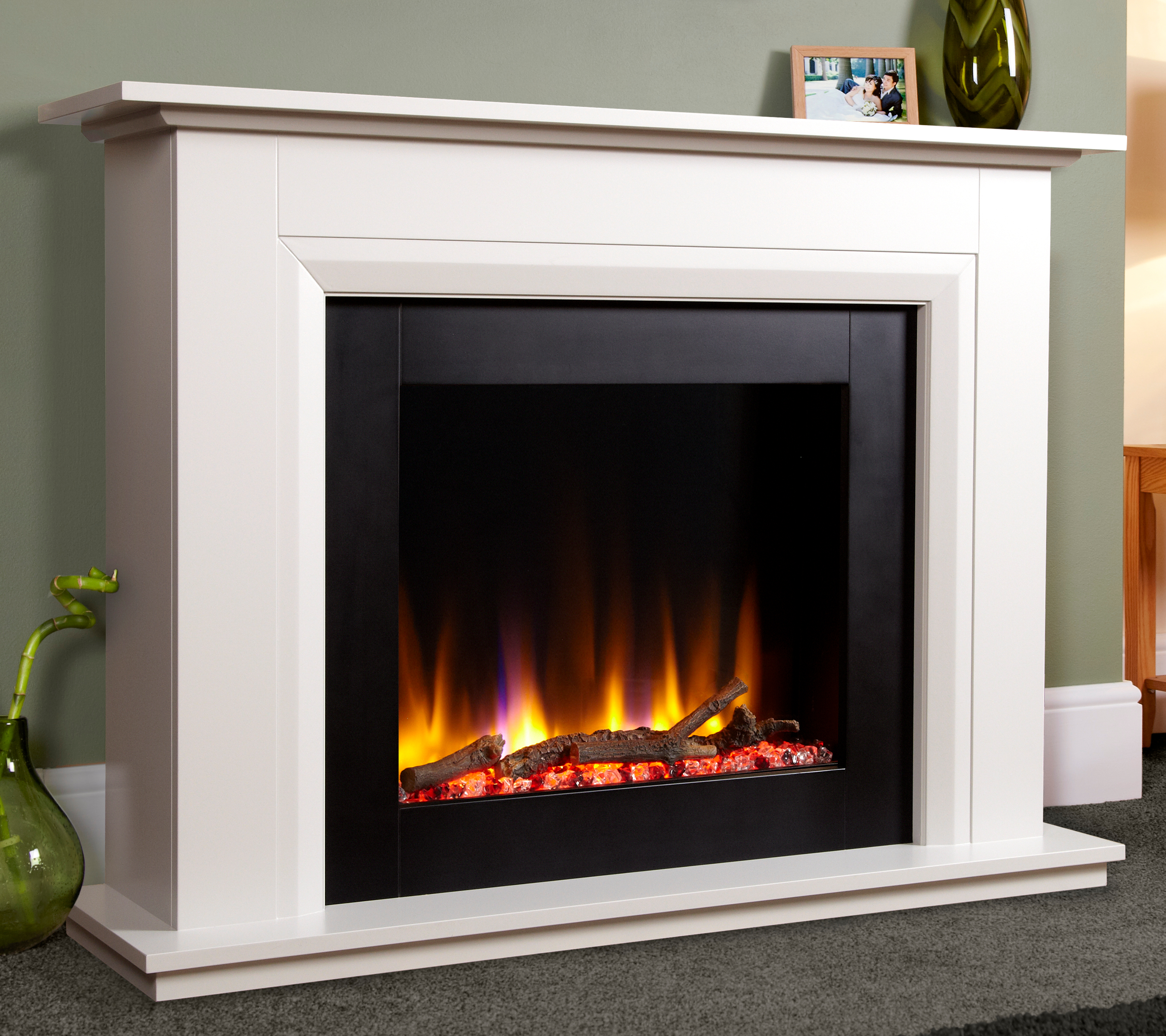 Celsi Ultiflame Vr 22 Elara Electric Fireplace Suite In Smooth White Simply Stoves