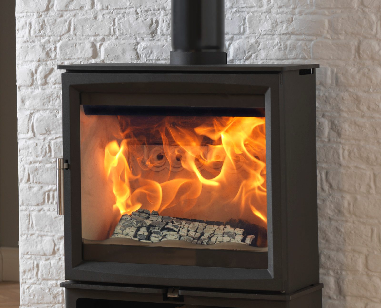 Extra Wide Woodburning Stove Click