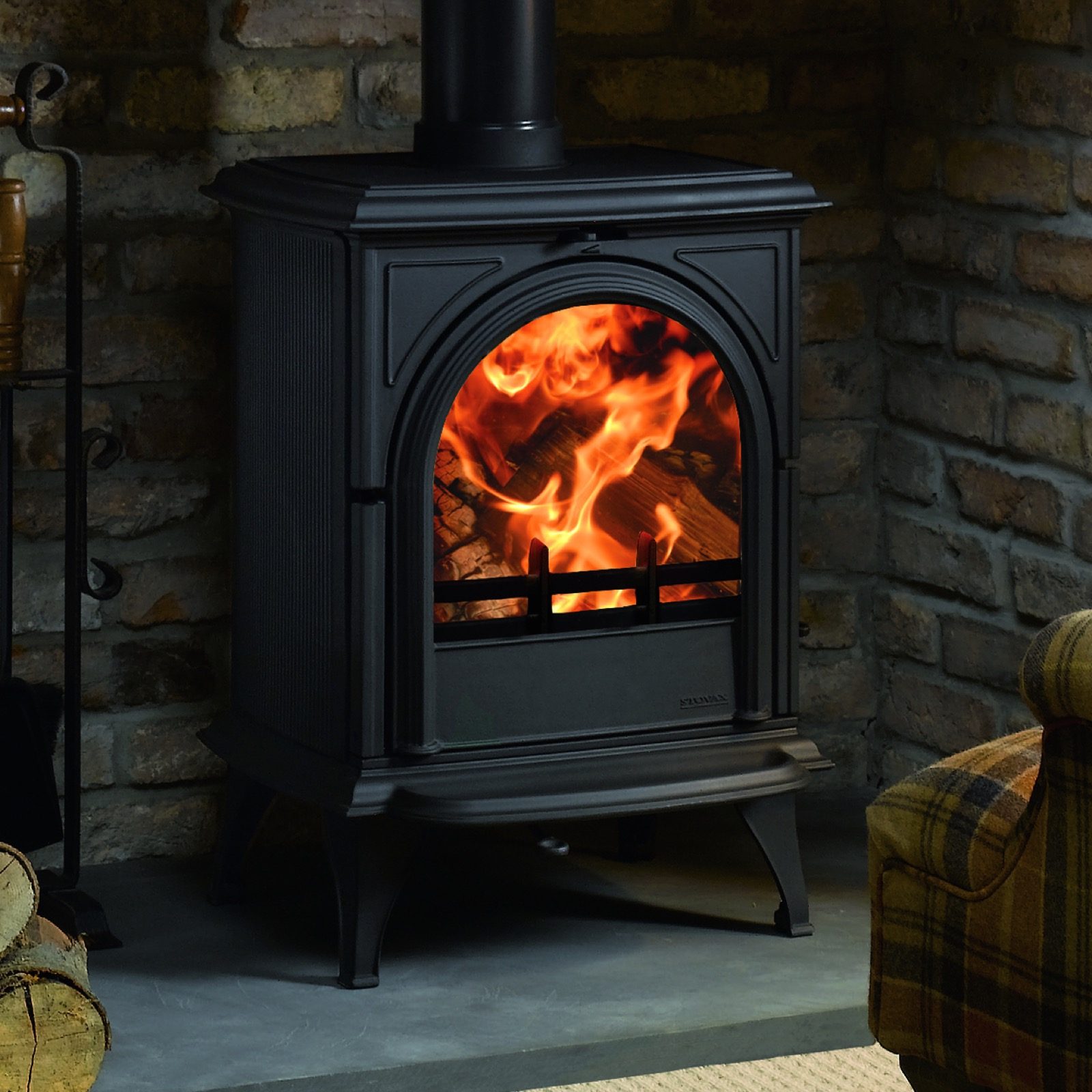 Stovax Huntingdon 28 Multifuel Stove With Clear Door