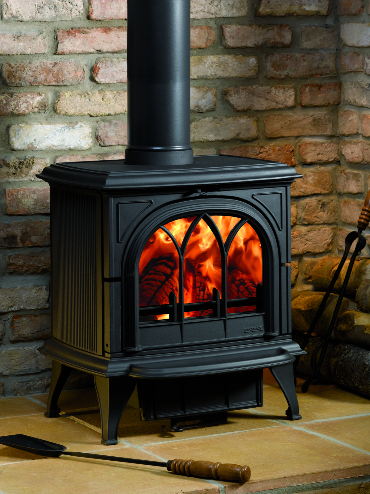Stovax Huntingdon 30 Multifuel Stove With Tracery Door