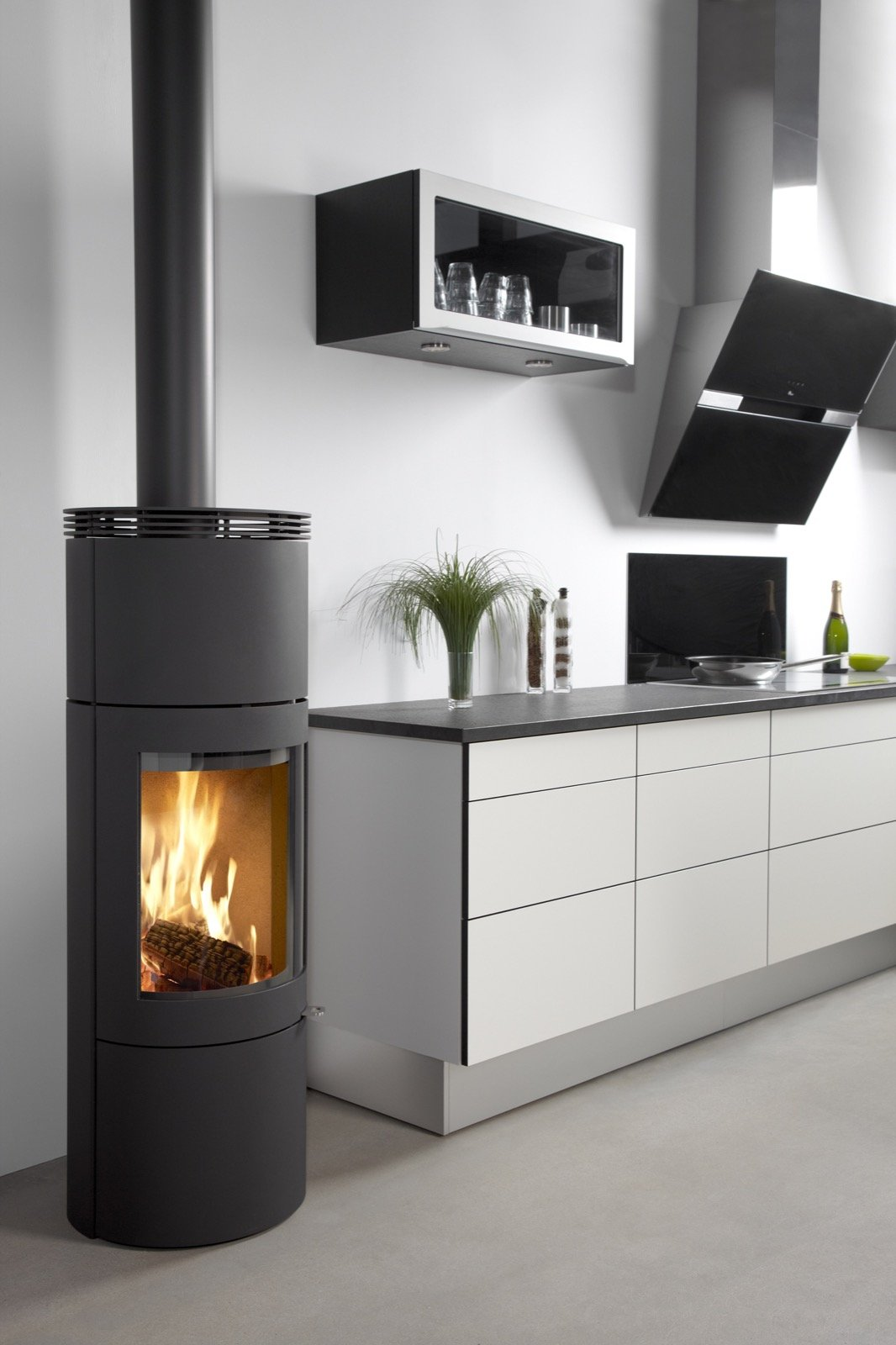 Westfire Uniq 28 Convection Wood Burning Stove In Black